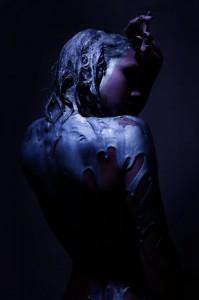 sara_dark