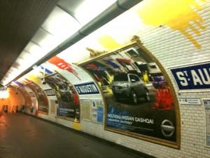 nissan-qashqai-metro-paris-4