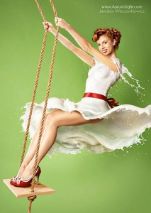 Milky-Pin-Up-calendar-4